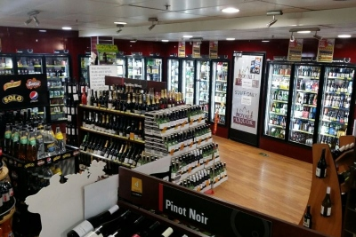 Bottle Shop / Liquor Store in CBD (CF132)